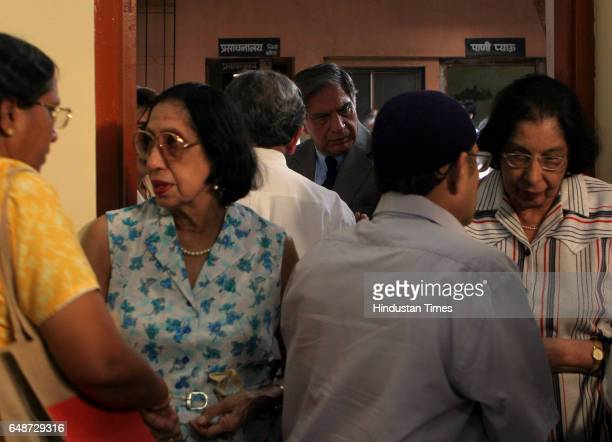 Funeral Ratan Tata alongside Tata employees during the cremation of Jamshed Jehangir Bhabha at Chandanwadi crematorium on Wednesday