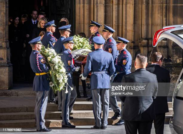 Funeral with state honours of late Czech singer Karel Gott at St. Vitus Cathedral on 12 October, 2019 in Prague, Czech Republic. Karel Gott passed...