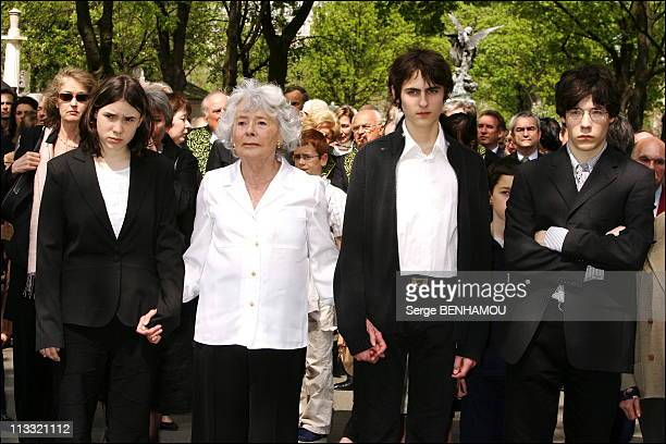 Funerals Of JeanFrancois Revel On The Cimetery Of Montparnasse On May 5Th 2006 In Paris France Here Claude Sarraute And His Little Children