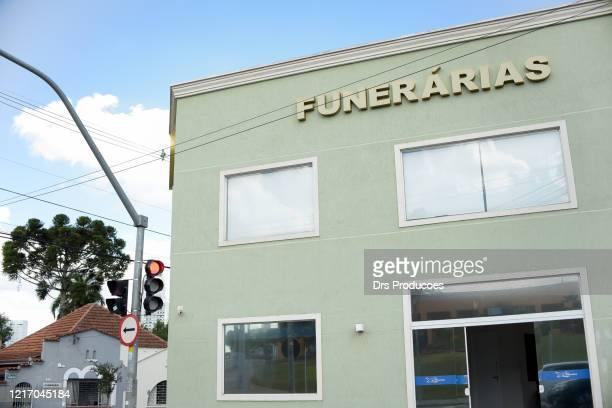funerária. (funerária) - cerimônia - fotografias e filmes do acervo