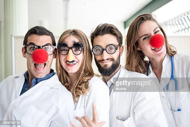 Lustigen clown Ärzte pediatricians