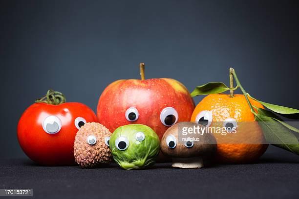 Lustiger Obst und Gemüse mit Augen