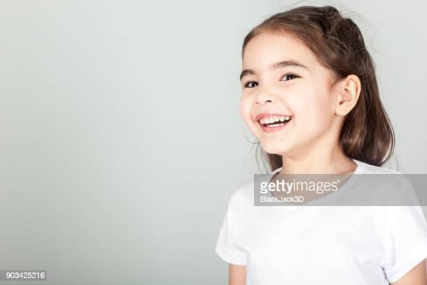 面白い小さな女の子 - funny black girl ストックフォトと画像