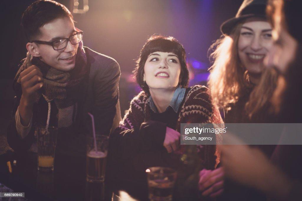 Funny talks at the bar : Stock Photo
