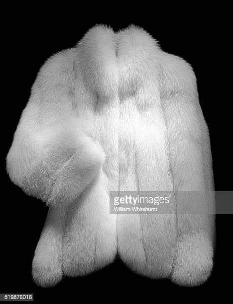 fur coat - fur coat stock pictures, royalty-free photos & images