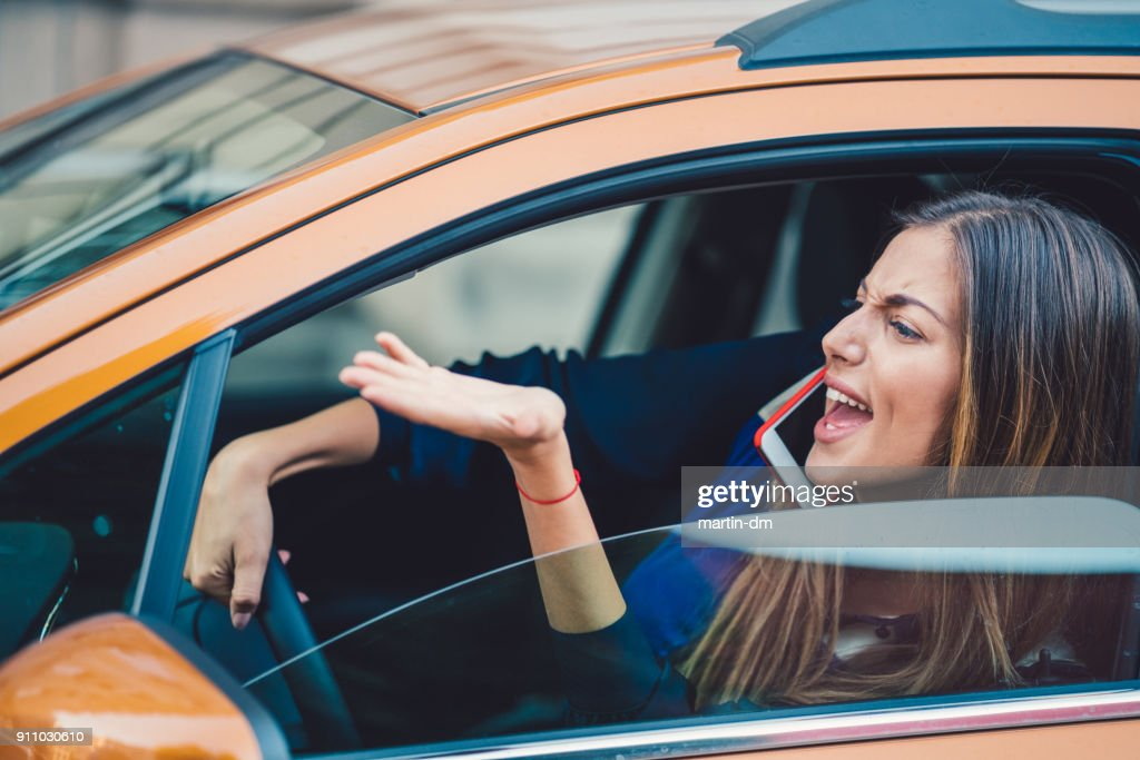 Wütende Frau Stucked im Stau : Stock-Foto