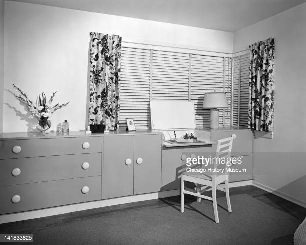 Furniture Settings Home Interiors display Vanity Chicago Illinois June 10 1946