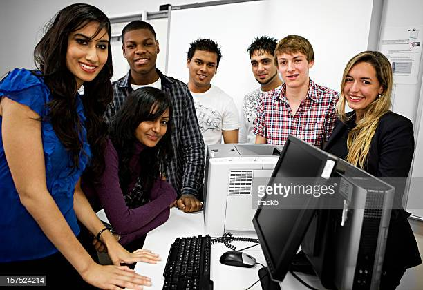 further education: class demonstration - class photo stock photos and pictures