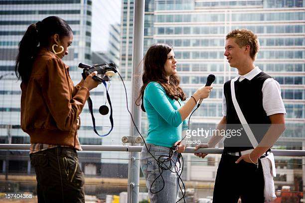 further education: teenage students gaining media and interview experience - journalist stock pictures, royalty-free photos & images