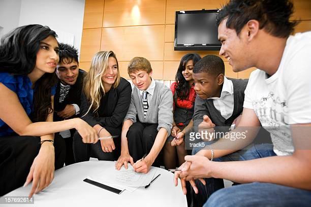 Fortbildung: Teenager Teamarbeit