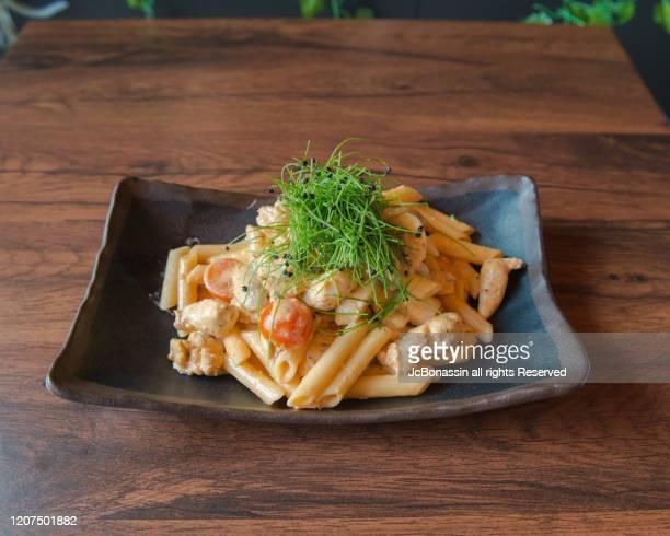 fusion cuisine - jcbonassin stock-fotos und bilder