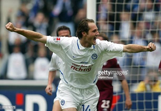 Fussball: 1. Bundesliga 03/04, Berlin; Hertha BSC Berlin - 1. FC Kaiserslautern 3:0; Josip SIMUNIC / HERTHA 24.04.04.