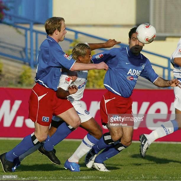 Fussball 1 Bundesliga 03/04 Gran Canaria FussballTurnier im Trainingslager Hamburger SV Hertha BSC Berlin David JAROLIOM / HSV MARCELINHO / Hertha...