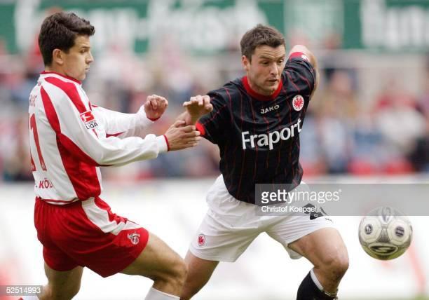 Fussball 1 Bundesliga 03/04 Koeln 1 FC Koeln Eintracht Frankfurt Vladen GRUJIC / Koeln Alexander SCHUR / Frankfurt 030404