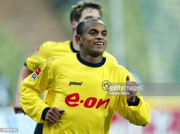 Fussball 1 Bundesliga 03/04 Muenchen 1860 Muenchen Borussia Dortmund Jubel von EWERTHON / Dortmund nach dem 01 per Elfmeter 150204
