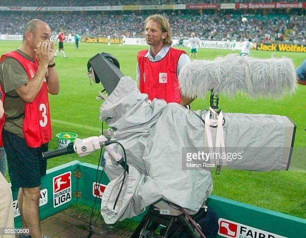 Fussball 1 Bundesliga 04/05 Bremen SV Werder Bremen FC Schalke 04 Aufgrund eines Stromkabelschadens koennen keine Live Bilder vom Spiel geliefert...