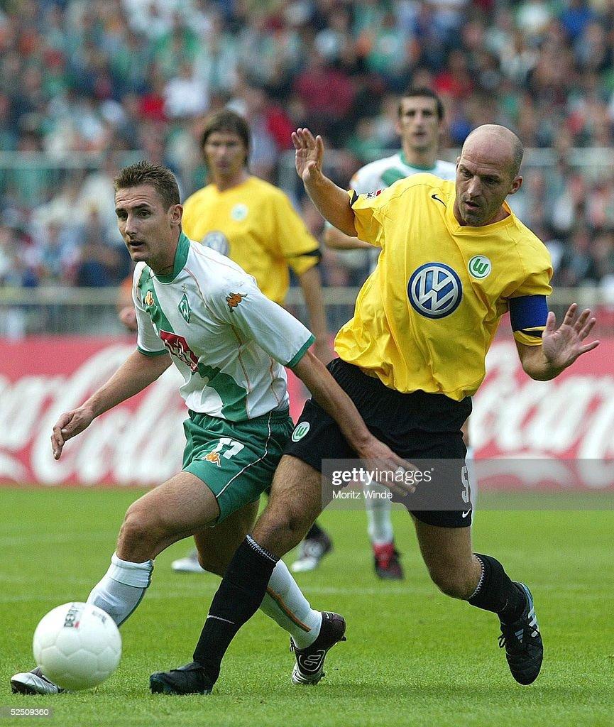 FB: 1. BL 04/05, SV Werder Bremen-VfL Wolfsburg : Nachrichtenfoto