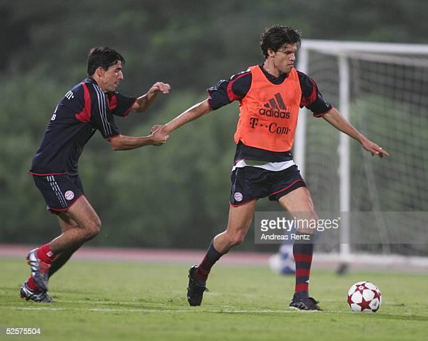 Fussball 1 Bundesliga 04/05 Dubai FC Bayern Muenchen / Trainingslager Roy MAKAAY Michael BALLACK 080105