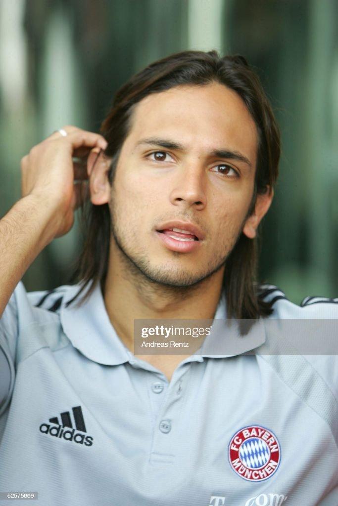 Fussball: 1. Bundesliga 04/05, FC Bayern Muenchen/Trainingslager : ニュース写真