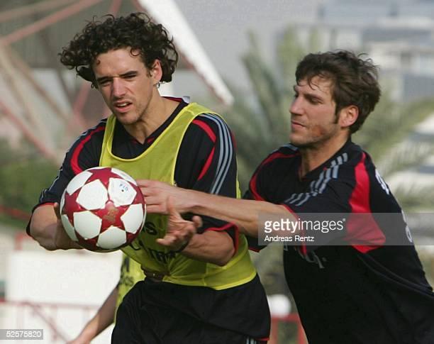 Fussball 1 Bundesliga 04/05 Dubai FC Bayern Muenchen / Trainingslager / Training Owen HARGREAVES Torsten FRINGS 080105