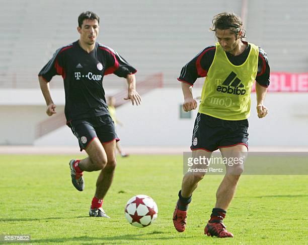 Fussball 1 Bundesliga 04/05 Dubai FC Bayern Muenchen / Trainingslager / Training Roy MAKAAY Bixente LIZARAZU 080105