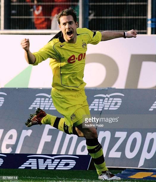 Fussball 1 Bundesliga 04/05 Hannover 050205Hannover 96 Borussia DortmundJubel zum 20 fuer Dortmund durch Lars RICKEN