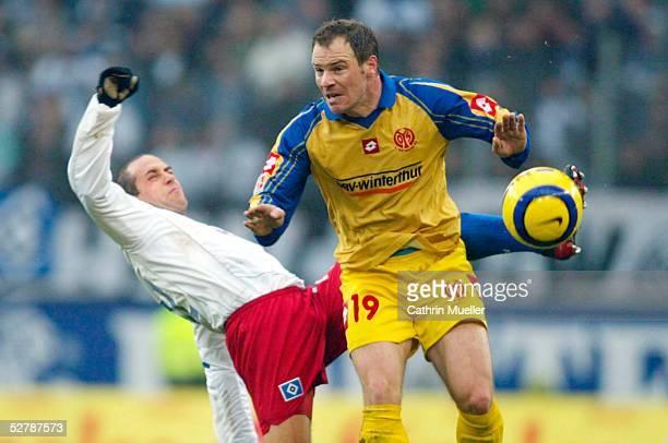 Fussball 1 Bundesliga 04/05 Koeln 290105Hamburger SV FSV MainzStefan BEINLICH/HSV Christof BABATZ/Mainz