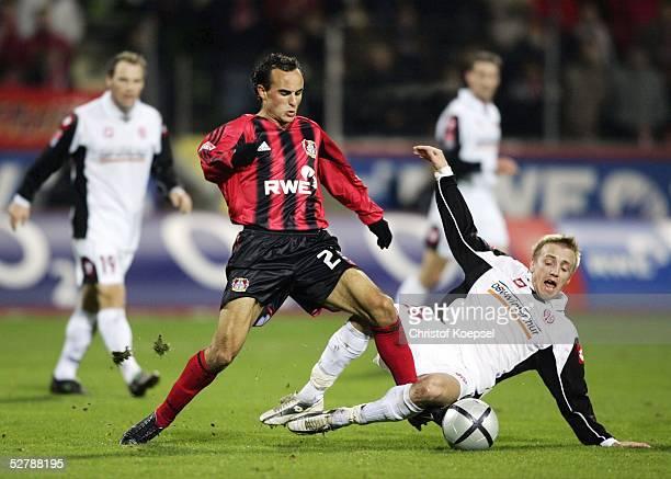 Fussball 1 Bundesliga 04/05 Leverkusen 130205Bayer 04 Leverkusen FSV Mainz 05Landon DONOVAN/Bayer Michael THURK/Mainz