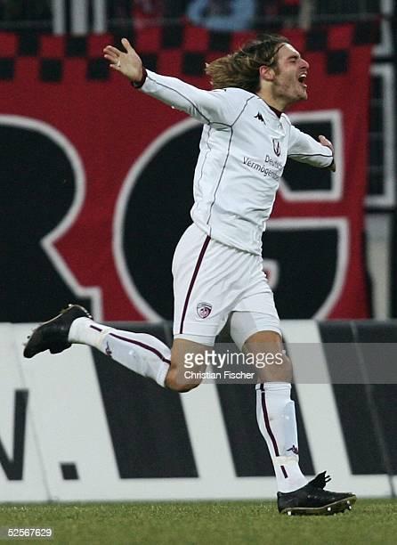Fussball 1 Bundesliga 04/05 Nuernberg 1 FC Nuernberg 1 FC Kaiserslautern 13 Jubel Stefan BLANK / Kaiserslautern 220105