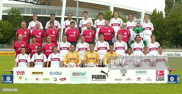 Fussball 1 Bundesliga 04/05 Stuttgart VfB Stuttgart Obere Reihe von links Jurica VRANJES Zvonimir SOLDO Fernando MEIRA Matthieu DELPIERRE Martin...
