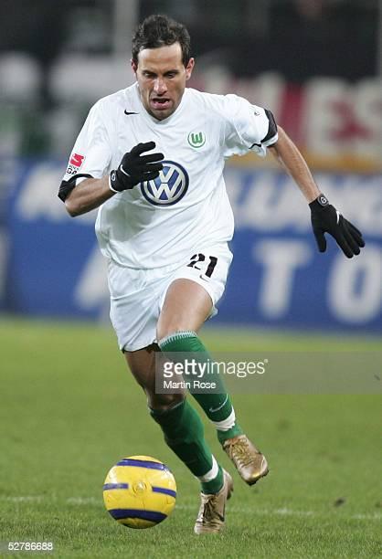 Fussball 1 Bundesliga 04/05 Wolfsburg 060205VfL Wolfsburg SV Werder Bremen 23Martin PETROV/Wolfsburg
