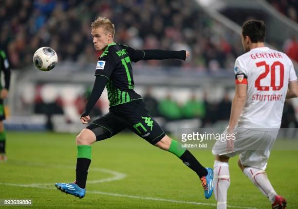 Fussball 1 Bundesliga Saison 2013/2014 13 Spieltag VfB Stuttgart Borussia Moenchengladbach Oscar Wendt erzielt das Tor zum 02 beobachtet von...