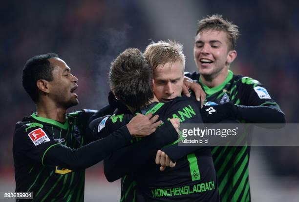 Fussball 1 Bundesliga Saison 2013/2014 13 Spieltag VfB Stuttgart Borussia Moenchengladbach Borussia Moenchengladbach Raffael Patrick Herrmann...