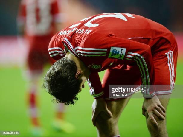 Fussball 1 Bundesliga Saison 2013/2014 15 Spieltag SV Werder Bremen FC Bayern Muenchen Thomas Mueller erschoepft