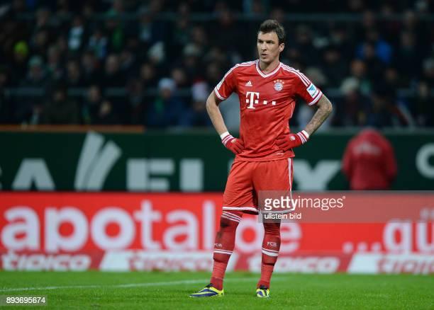 Fussball 1 Bundesliga Saison 2013/2014 15 Spieltag SV Werder Bremen FC Bayern Muenchen Mario Mandzukic
