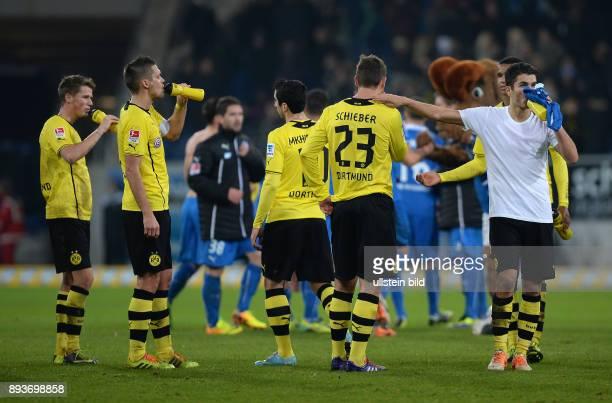 Fussball 1 Bundesliga Saison 2013/2014 16 Spieltag in Sinzheim Hoffenheim Borussia Dortmund Enttaeuschung Borussia Dortmund Erik Durm Sebastian Kehl...