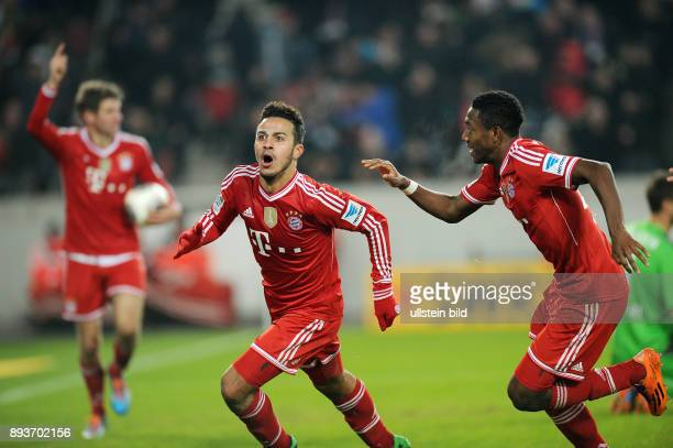 Fussball 1 Bundesliga Saison 2013/2014 17 Spieltag VfB Stuttgart FC Bayern Muenchen Bayern Muenchen Torschuetze zum 12 Thiago Alcantara und David...