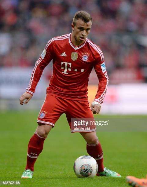 Fussball 1 Bundesliga Saison 2013/2014 21 Spieltag FC Bayern Muenchen SC Freiburg Xherdan Shaqiri am Ball