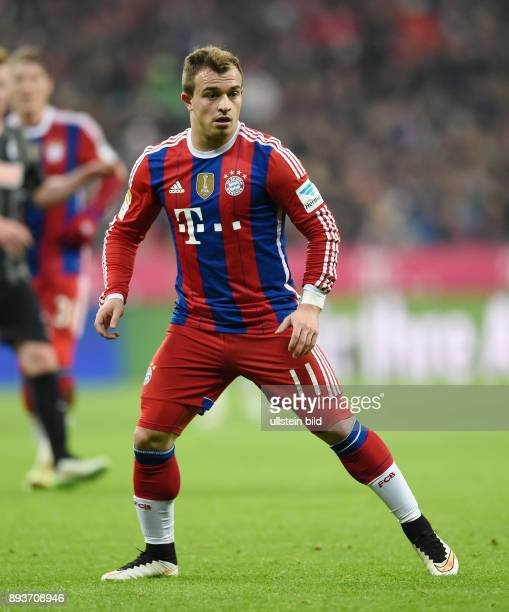 Fussball 1 Bundesliga Saison 2014/2015 16 Spieltag FC Bayern Muenchen SC Freiburg Xherdan Shaqiri