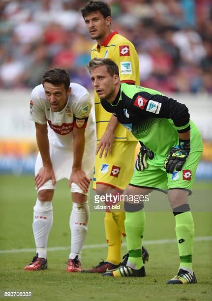 Fussball 1 Bundesliga Saison 2014/2015 4 SPIELTAG VfB Stuttgart TSG 1899 Hoffenheim Torwart Oliver Baumann und Tobias Strobl gegen Christian Gentner