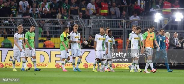 Fussball 1 Bundesliga Saison 2015/2016 1 Spieltag Borussia Dortmund Borussia Moenchengladbach Enttaeuschung Gladbach Torwart Yann Sommer Roel...