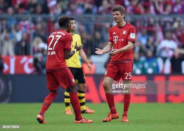 Fussball 1. Bundesliga Saison 2015/2016 8. Spieltag FC Bayern Muenchen - Borussia Dortmund Torjubel: Thomas Mueller und David Alaba