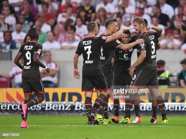 Fussball 1 Bundesliga Saison 2016/2017 1 Spieltag VfB Stuttgart FC Bayern Muenchen St Pauli Fabrice Picault Bernd Nehrig Philipp Ziereis Waldemar...