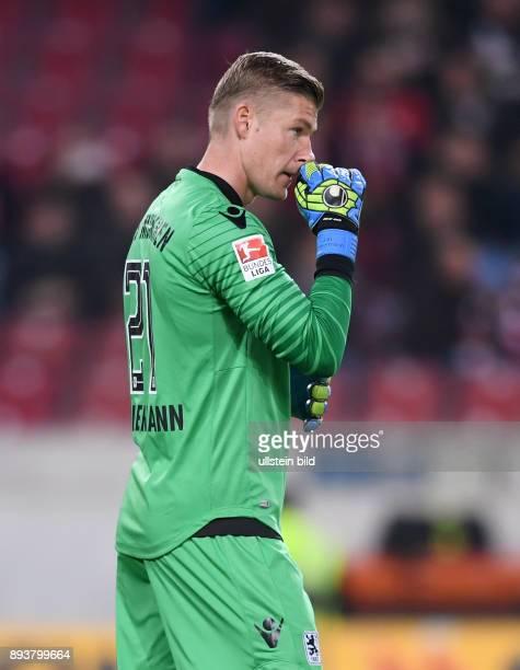 Fussball 1 Bundesliga Saison 2016/2017 10 Spieltag VfB Stuttgart 1860 Muenchen Torwart Jan Zimmermann