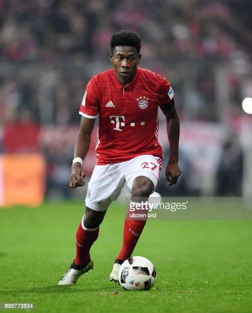 Fussball 1 Bundesliga Saison 2016/2017 12 Spieltag FC Bayern Muenchen Bayer 04 Leverkusen David Alaba am Ball