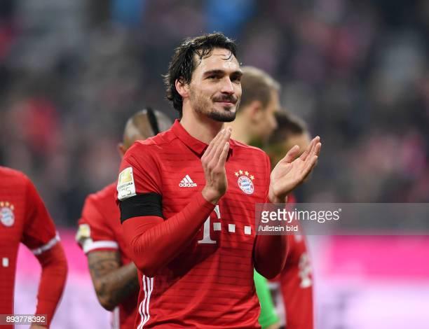 Fussball 1 Bundesliga Saison 2016/2017 12 Spieltag FC Bayern Muenchen Bayer 04 Leverkusen Bayern Muenchen Mats Hummels