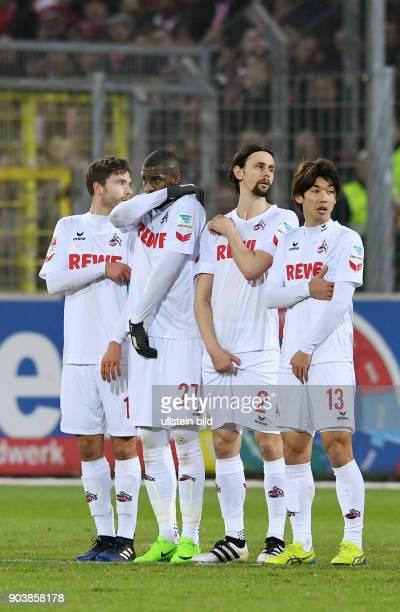 Fussball 1 Bundesliga Saison 2016/2017 20 Spieltag SC Freiburg 1 FC Koeln Koeln Mauer Jonas Hector Anthony Modeste Neven Subotic und Yuya Osako