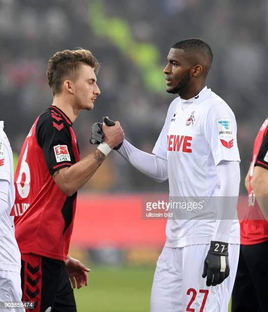 Fussball 1 Bundesliga Saison 2016/2017 20 Spieltag SC Freiburg 1 FC Koeln Shake Hands vo dem Spiel Anthony Modeste und Maximilian Philipp