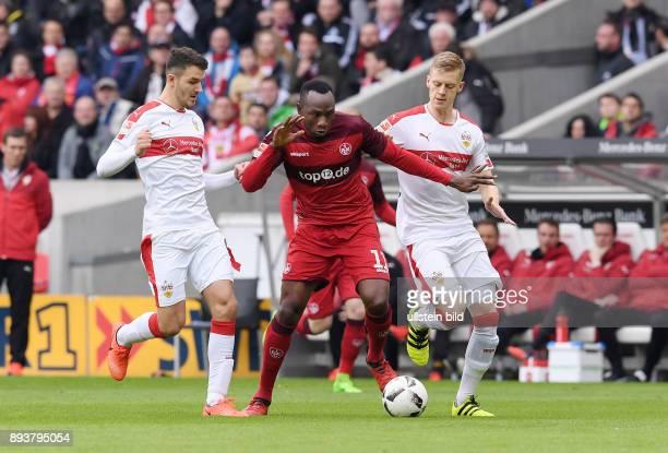 Fussball 1 Bundesliga Saison 2016/2017 22 Spieltag VfB Stuttgart 1 FC Kaiserslautern Jacques Zoua gegen Timo Baumgartl und Anto Grgic