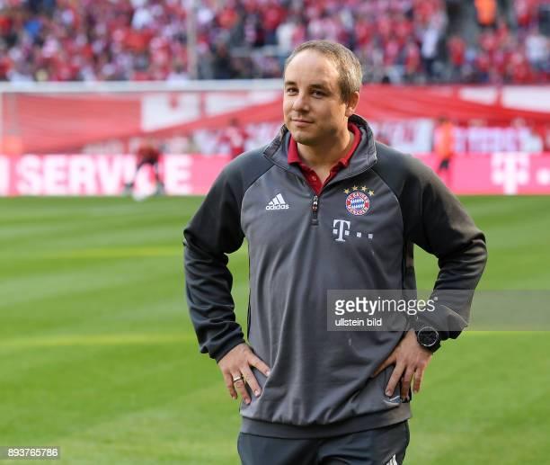 Fussball 1 Bundesliga Saison 2016/2017 6 Spieltag FC Bayern Muenchen 1 FC Koeln Dr Volker Braun
